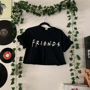 ☆ FRIENDS CROP TOP ☆